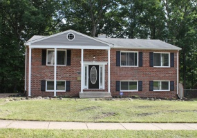 1015 Pleasant Valley drive, Maryland 21228, 4 Bedrooms Bedrooms, ,2 BathroomsBathrooms,Home,Sold,Pleasant Valley drive,1022